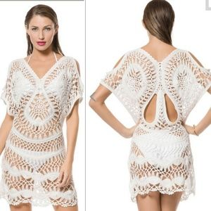 Python Cold Shoulder Crochet Tunic M/L